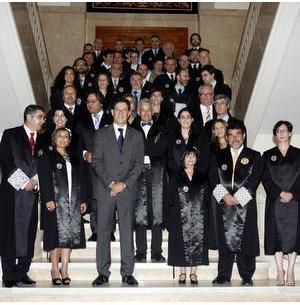 O Colexio de Avogados de Santiago recibiu a medalla de ouro da Irmandade Xurídica Galega